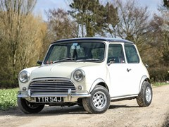 Navigate to Lot 185 - 1971 Austin Mini 1275
