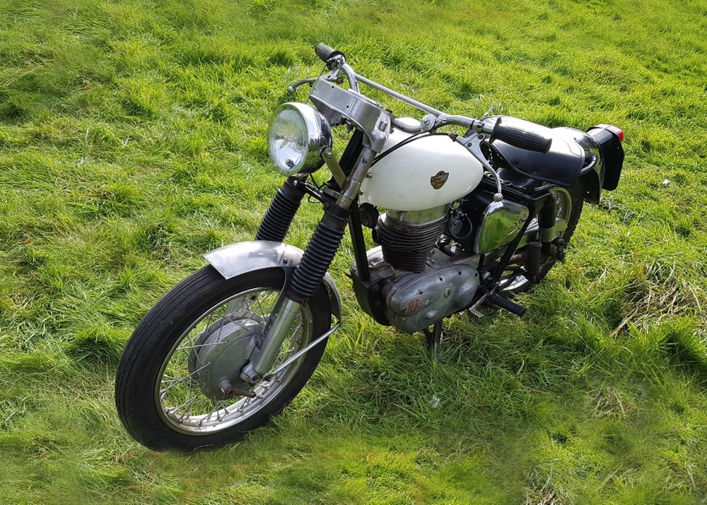 Lot 111 - 1960 Royal Enfield Crusader Sports