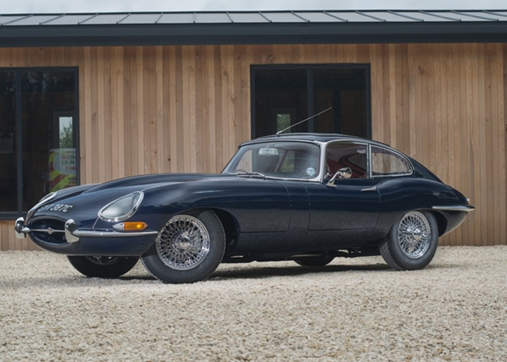 Lot 194 - 1965 Jaguar E-Type Series I Fixedhead Coupé (4.2 litre)