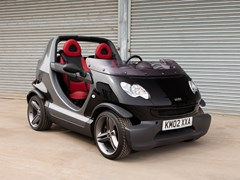Navigate to Lot 127 - 2002 Smart Crossblade