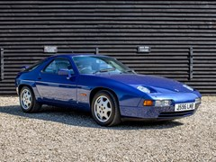 Navigate to Lot 213 - 1992 Porsche 928 GT