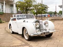 Navigate to Lot 136 - 1948 Triumph 1800 Roadster