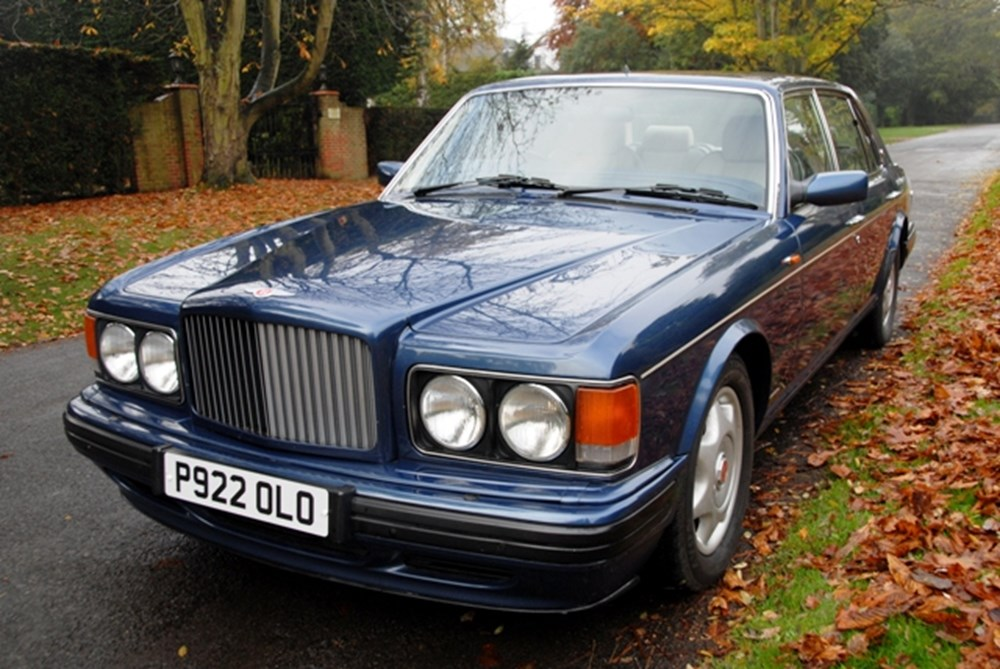 Lot 260 - 1997 Bentley Turbo R (Long Wheelbase)