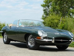 Navigate to Lot 270 - 1963 Jaguar E-Type Series I Roadster