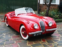 Navigate to Lot 266 - 1954 Jaguar XK120SE Roadster