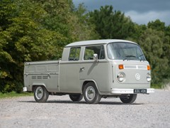 Navigate to Lot 229 - 1974 Volkswagen T2 Double Cab Pick-up