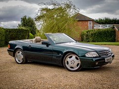 Navigate to Lot 129 - 1995 Mercedes-Benz SL320 Roadster