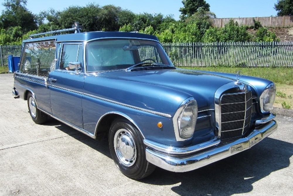 Lot 208 - 1965 Mercedes-Benz Hearse