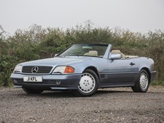Navigate to Lot 107 - 1991 Mercedes-Benz 500 SL Roadster