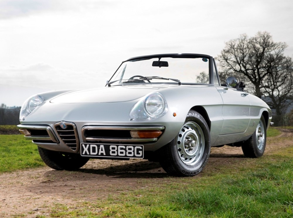 Lot 138 - 1968 Alfa Romeo 1300 Junior round tail spider