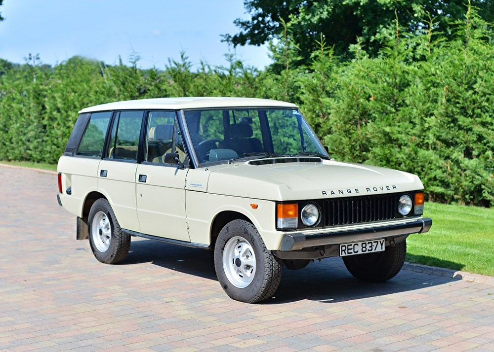 Lot 127 - 1982 Land Rover Range Rover Classic