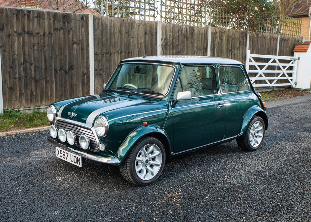 Lot 240 - 2000 Rover Mini Cooper Sport