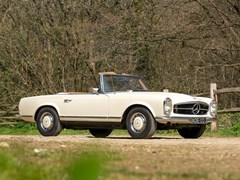 Navigate to Lot 161 - 1970 Mercedes-Benz 280 SL Pagoda