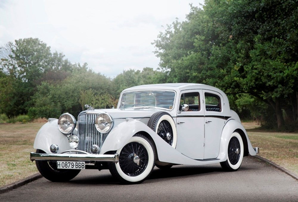 Lot 259 - 1937 Jaguar (2½ litre) Saloon