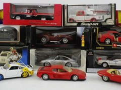 Navigate to 13 Model Cars