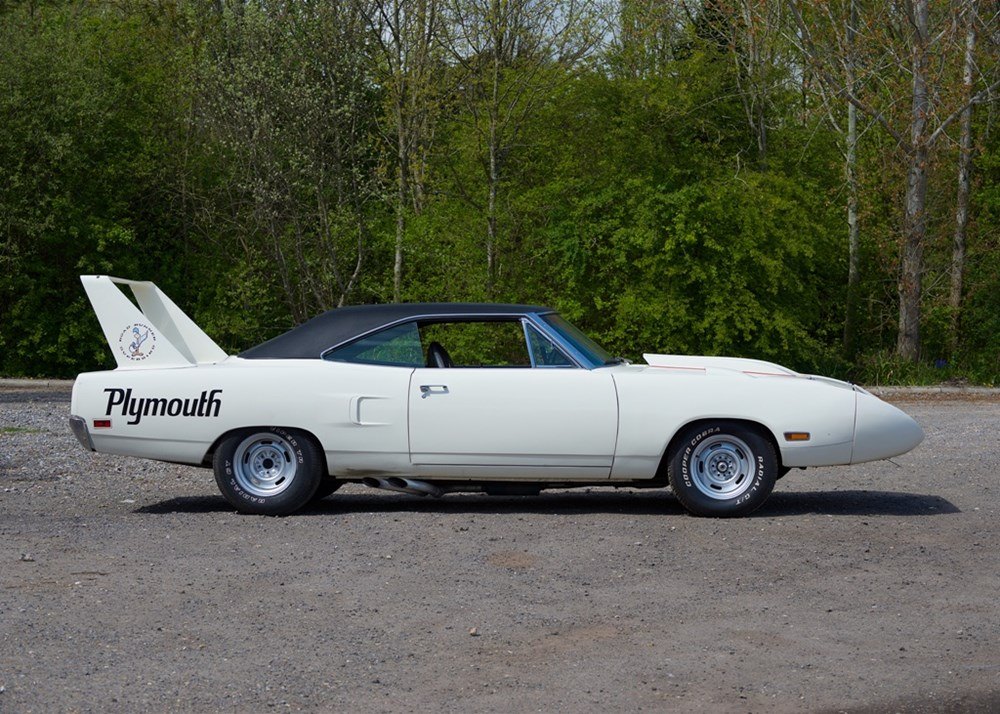 Lot 224 - 1970 Plymouth Road Runner to Superbird Specification