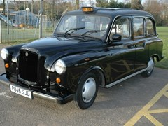 Navigate to Lot 192 - 1997 Austin London FX4 Fairway Taxi by Carbodies