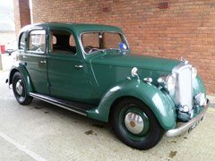 Navigate to Lot 283 - 1948 Rover P3 75 Six light saloon
