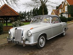 Navigate to Lot 222 - 1959 Mercedes-Benz 220 SE Ponton Coupé