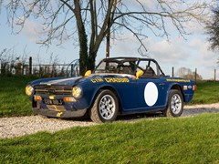 Navigate to Lot 112 - 1970 Triumph TR6 Competition