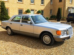 Navigate to Lot 303 - 1985 Mercedes-Benz 380SE Saloon