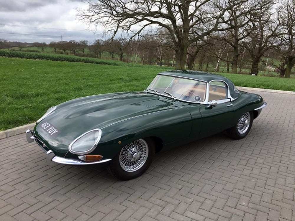 ref 141 1961 jaguar e type series i roadster flat floor