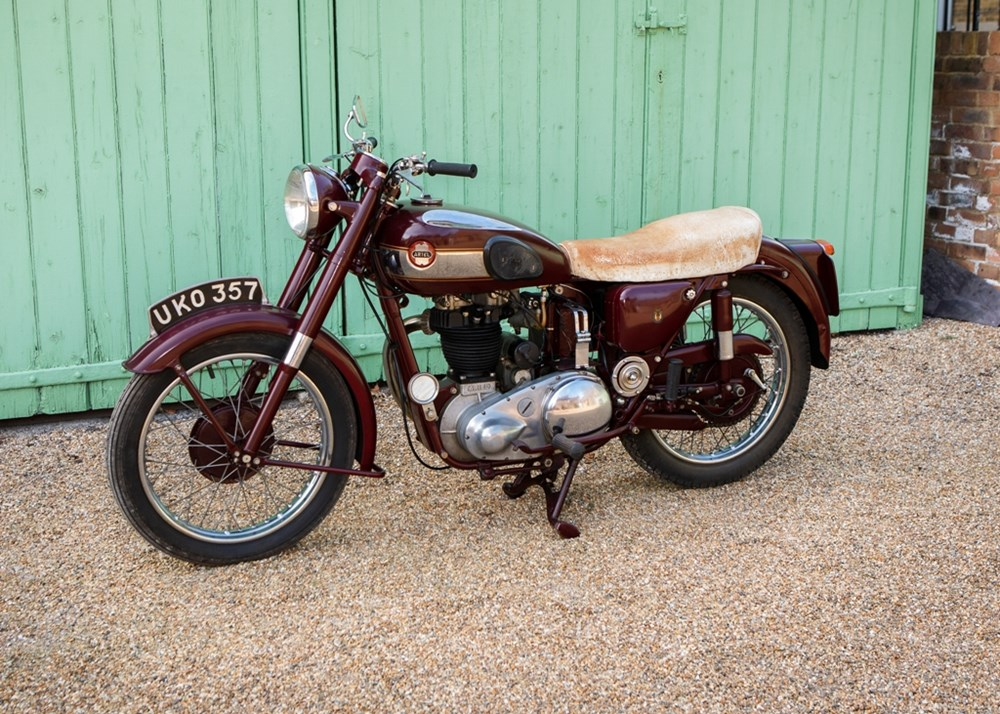 Lot 106 - 1955 Ariel NH Red Hunter 350cc