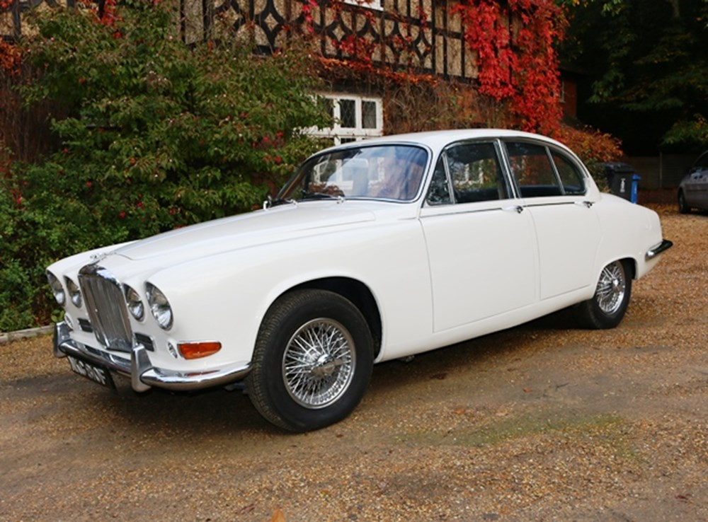 Lot 316 - 1968 Jaguar 420 Saloon