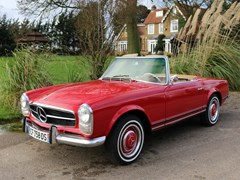 Navigate to Lot 170 - 1964 Mercedes-Benz 230 SL Roadster