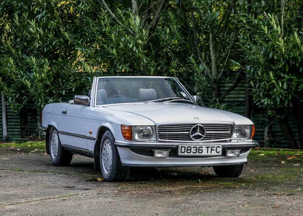 Lot 288 - 1987 Mercedes-Benz 500 SL Roadster  *WITHDRAWN*