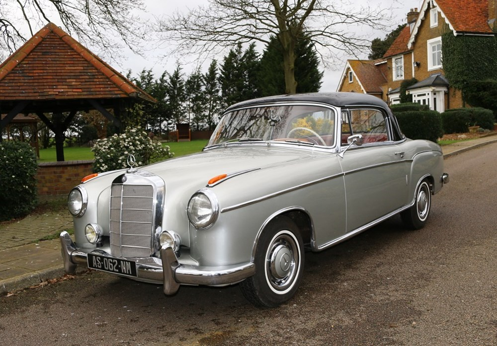 Lot 222 - 1959 Mercedes-Benz 220 SE Ponton Coupé