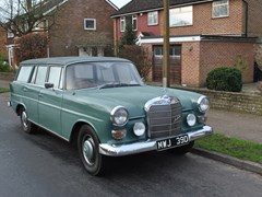 Navigate to Lot 264 - 1966 Mercedes-Benz 230 Universal