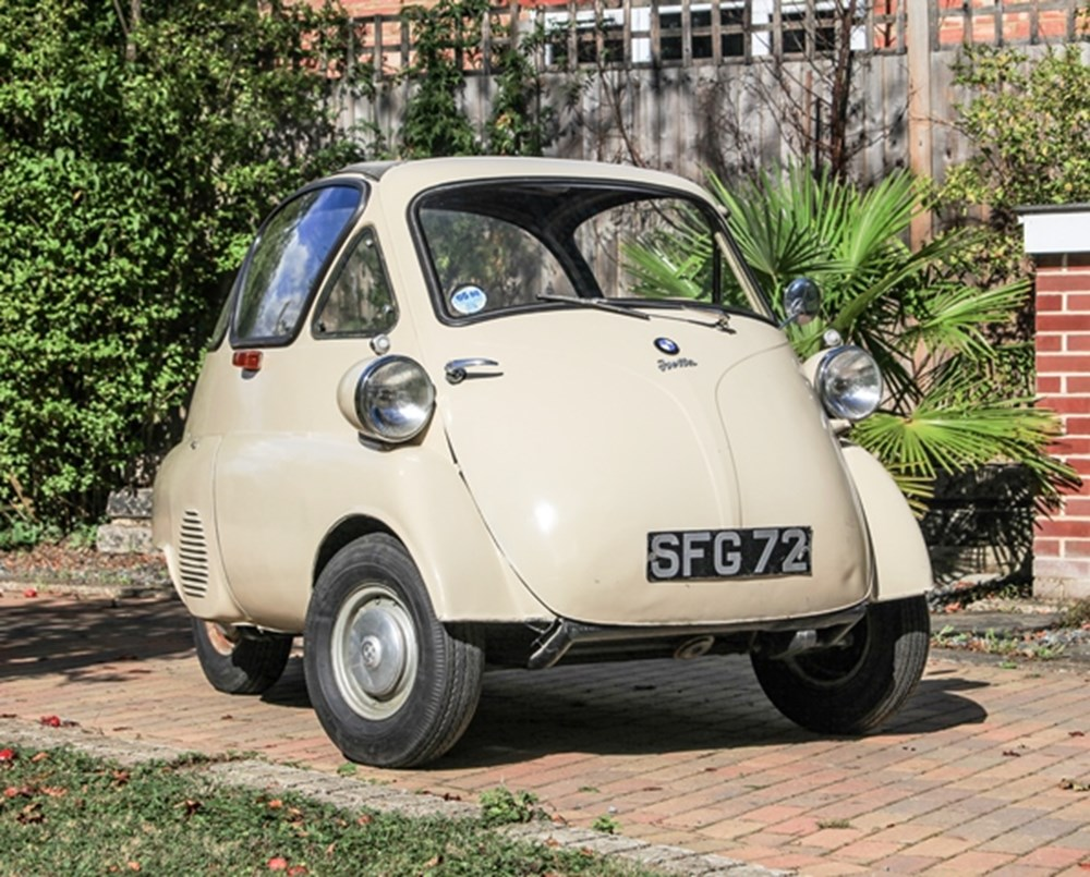 Lot 137 - 1957 BMW Isetta 300 Plus (Bubble Window)