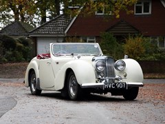 Navigate to Lot 115 - 1949 Triumph 2000 Roadster
