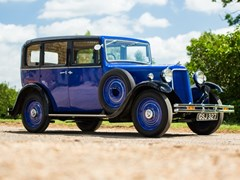 Navigate to Lot 164 - 1933 Armstrong Siddeley 12-6 Saloon