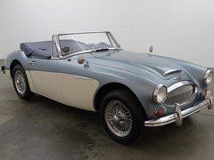 Navigate to Lot 258 - 1966 Austin-Healey Mk. III BJ8