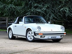 Navigate to Lot 157 - 1986 Porsche 911 Targa