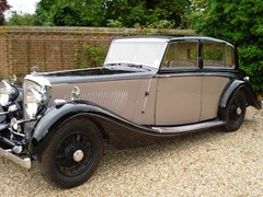 Navigate to Lot 236 - 1939 Bentley 4¼ 'High Vision' Saloon by H.J. Mulliner
