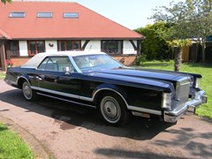Navigate to Lot 353 - 1978 Lincoln Continental Mk.V