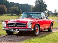 Navigate to Lot 195 - 1967 Mercedes-Benz 250 SL Roadster