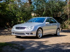 Navigate to Lot 252 - 2005 Mercedes-Benz C55 AMG
