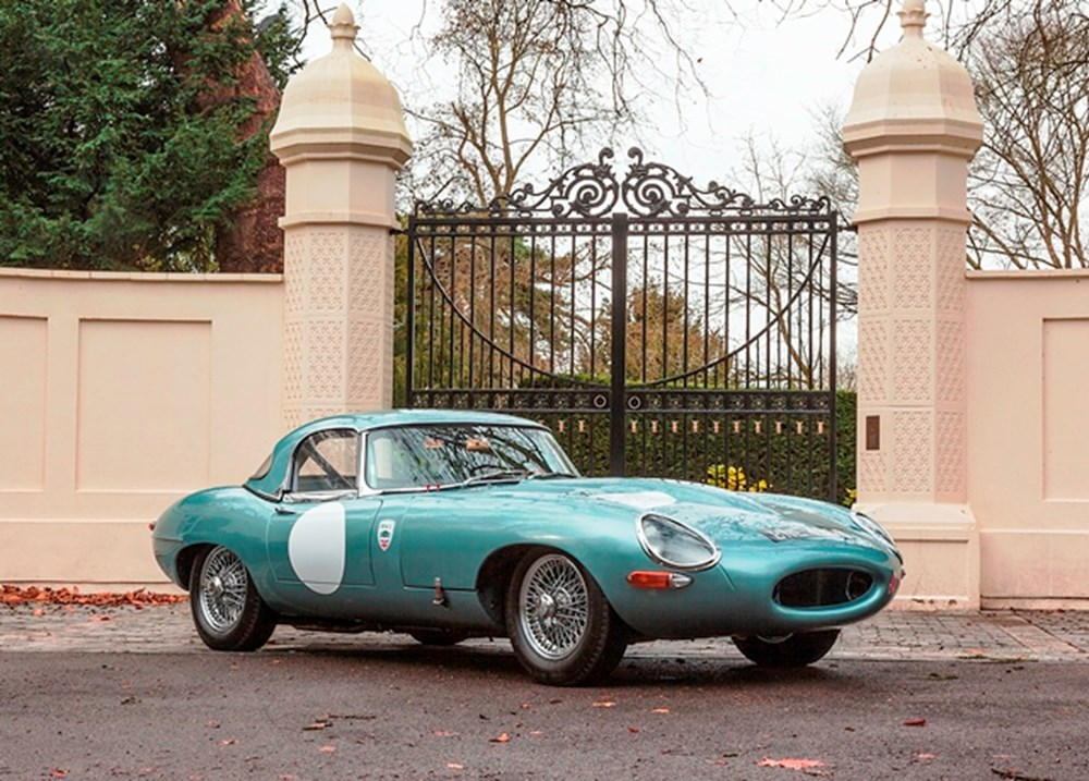 Lot 258 - 1964 Jaguar E-Type Series I Roadster Competition