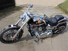 Navigate to Lot 204 - 2014 Harley-Davidson Softail Breakout CVO