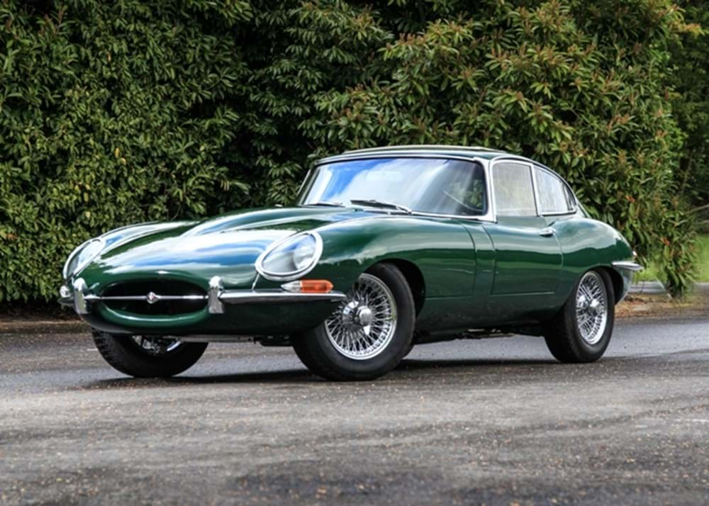 Lot 166 - 1965 Jaguar E-Type Series One Fixedhead Coupé (4.2 litre)