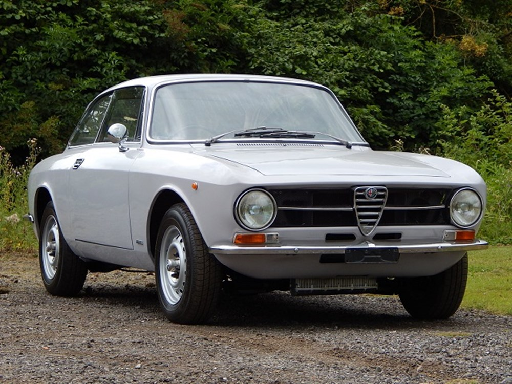 Lot 257 - 1974 Alfa Romeo 1600 GT Junior