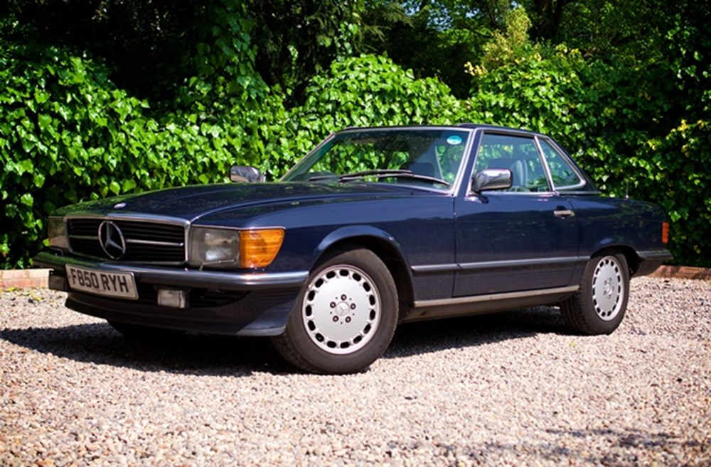 Lot 329 - 1989 Mercedes-Benz 420 SL