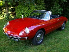 Navigate to Lot 255 - 1966 12838 Duetto Spider
