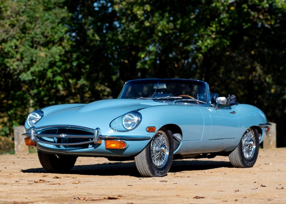 Lot 284 - 1969 Jaguar E-Type Series II Roadster (4.2 litre)