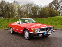 Navigate to Lot 128 - 1984 Mercedes-Benz 500 SL Roadster