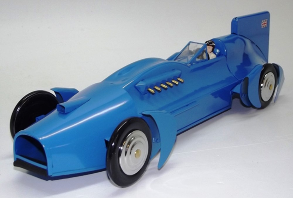 Lot 083 - Land speed record cars